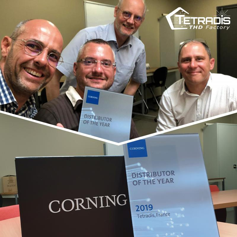Best distributor 2019 award given by CORNING